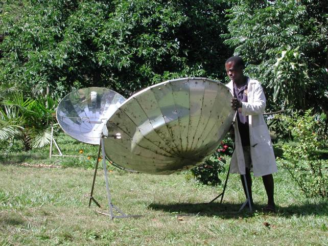 Cooking on the solar dish